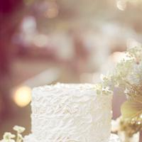 Cakes, Real Weddings, Wedding Style, white, Vintage Wedding Cakes, Wedding Cakes, Spring Weddings, West Coast Real Weddings, Garden Real Weddings, Spring Real Weddings, Garden Weddings