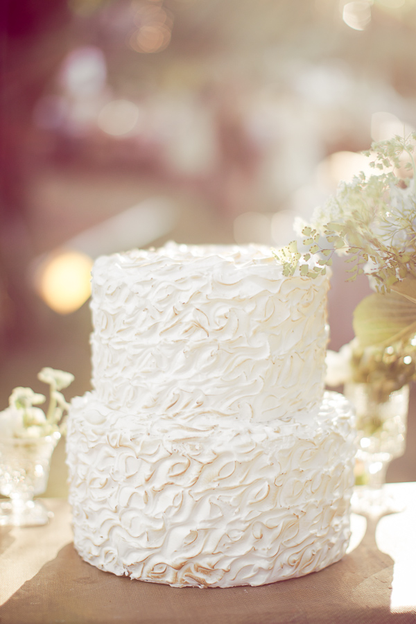 Cakes, Real Weddings, Wedding Style, white, Vintage Wedding Cakes, Wedding Cakes, Spring Weddings, West Coast Real Weddings, Garden Real Weddings, Spring Real Weddings, Garden Weddings