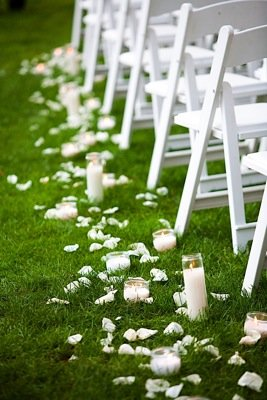 Flowers & Decor, Real Weddings, Wedding Style, Aisle Decor, Candles, Modern Real Weddings, Summer Weddings, West Coast Real Weddings, Summer Real Weddings, Modern Weddings, Classic Wedding Flowers & Decor