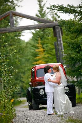 Destinations, Real Weddings, Wedding Style, Off the Beaten Path, Fall Weddings, Fall Real Weddings, Canada, same sex weddings, Same Sex Real Weddings