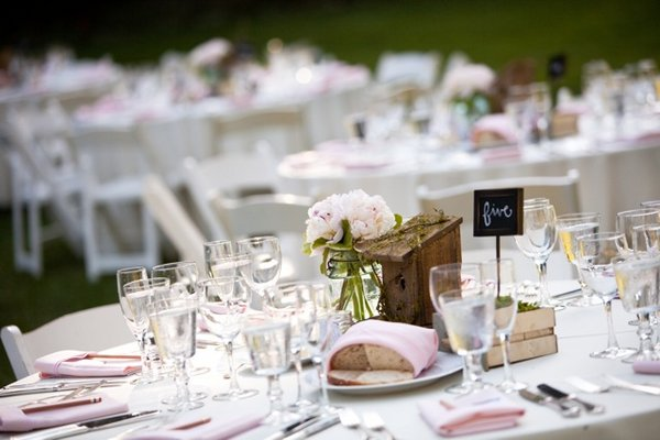 Flowers & Decor, Real Weddings, Wedding Style, Centerpieces, Rustic Real Weddings, West Coast Real Weddings, Rustic Weddings, Rustic Wedding Flowers & Decor, Table settings