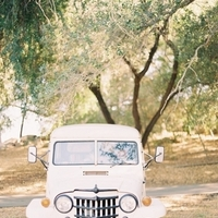 Vintage, Real wedding, Getaway car
