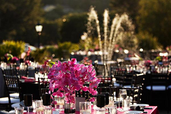 Flowers & Decor, Real Weddings, Wedding Style, pink, Centerpieces, Spring Weddings, Glam Real Weddings, Spring Real Weddings, Glam Weddings, Glam Wedding Flowers & Decor