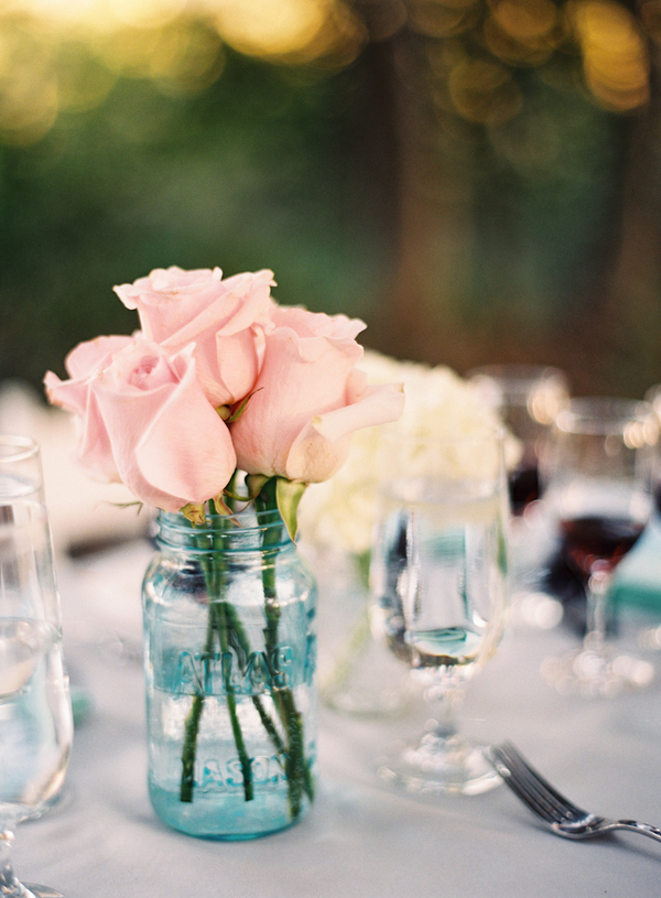Flowers & Decor, Wedding Style, pink, Centerpieces, West Coast Real Weddings, Shabby Chic Real Weddings, Shabby Chic Weddings, Classic Wedding Flowers & Decor, Rustic Wedding Flowers & Decor, Roses, real wedidngs
