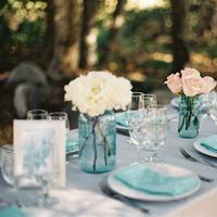 Flowers & Decor, Wedding Style, West Coast Real Weddings, Shabby Chic Real Weddings, Shabby Chic Weddings, Vintage Wedding Flowers & Decor, Table settings, real wedidngs