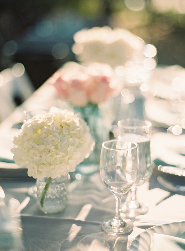 Flowers & Decor, Wedding Style, white, Centerpieces, West Coast Real Weddings, Shabby Chic Real Weddings, Shabby Chic Weddings, Summer Wedding Flowers & Decor, Hydrangea, real wedidngs