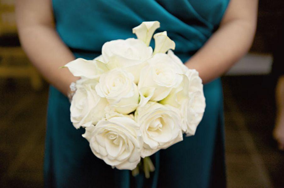 Flowers & Decor, Real Weddings, Wedding Style, white, West Coast Real Weddings, Winter Weddings, Vintage Real Weddings, Winter Real Weddings, Vintage Weddings, Winter Wedding Flowers & Decor