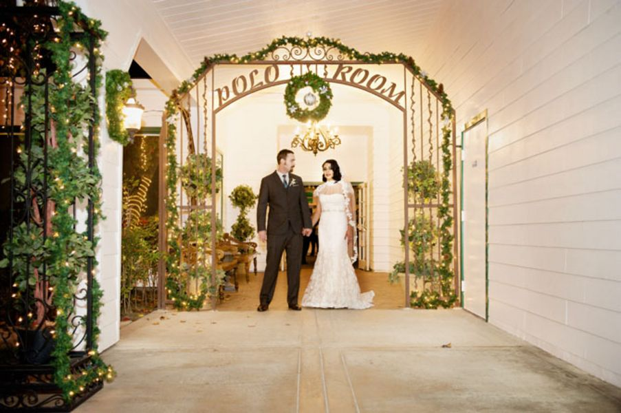 Flowers & Decor, Real Weddings, Wedding Style, West Coast Real Weddings, Winter Weddings, Vintage Real Weddings, Winter Real Weddings, Vintage Weddings, Winter Wedding Flowers & Decor