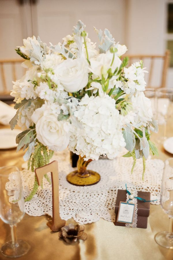 Flowers & Decor, Real Weddings, Wedding Style, white, Centerpieces, Vintage Wedding Flowers & Decor, Winter Wedding Flowers & Decor, Vintage Weddings, West Coast Real Weddings, Winter Weddings, Vintage Real Weddings, Winter Real Weddings