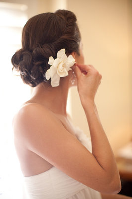 Beauty, Real Weddings, Wedding Style, ivory, Updo, Wedding Hair, Fall Weddings, West Coast Real Weddings, Fall Real Weddings, Glam Real Weddings, Vineyard Real Weddings, Glam Weddings, Vineyard Weddings, Hair flower