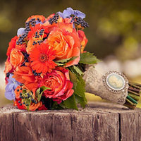 Real Weddings, Wedding Style, orange, Bride Bouquets, Fall Weddings, Rustic Real Weddings, Fall Real Weddings, Rustic Weddings, Beach Wedding Flowers & Decor, Fall Wedding Flowers & Decor, Rustic Wedding Flowers & Decor, Bouquets