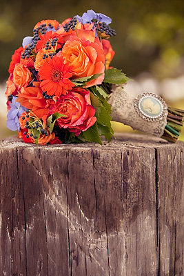 Real Weddings, Wedding Style, orange, Bride Bouquets, Fall Weddings, Rustic Real Weddings, Fall Real Weddings, Rustic Weddings, Beach Wedding Flowers & Decor, Fall Wedding Flowers & Decor, Rustic Wedding Flowers & Decor, Bouquets, California weddings, california real weddings