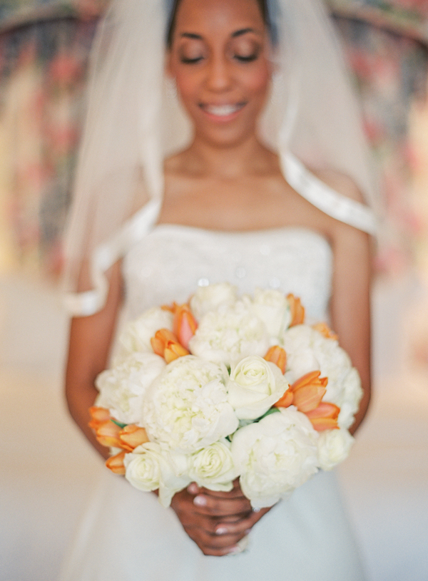 Flowers & Decor, Real Weddings, Wedding Style, white, orange, Bride Bouquets, Fall Weddings, West Coast Real Weddings, Classic Real Weddings, Fall Real Weddings, Classic Weddings, Fall Wedding Flowers & Decor