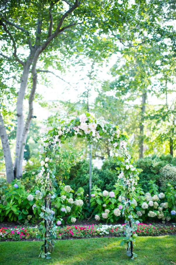 Ceremony, Flowers & Decor, Real Weddings, green, Ceremony Flowers, Classic Real Weddings, Classic Weddings, Spring Wedding Flowers & Decor, Arch, East Coast Real Weddings, East Coast Weddings, Romantic Real Weddings, Romantic Weddings