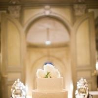 Cakes, Real Weddings, Wedding Style, ivory, Classic Wedding Cakes, Round Wedding Cakes, Wedding Cakes, Classic Real Weddings, Classic Weddings, East Coast Real Weddings, East Coast Weddings, Romantic Real Weddings, Romantic Weddings