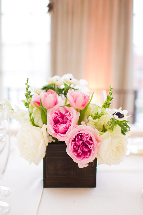 Flowers & Decor, Real Weddings, Wedding Style, pink, Centerpieces, Modern Real Weddings, Spring Weddings, Spring Real Weddings, Modern Weddings, Spring Wedding Flowers & Decor, Roses, Tulips, East Coast Real Weddings, East Coast Weddings