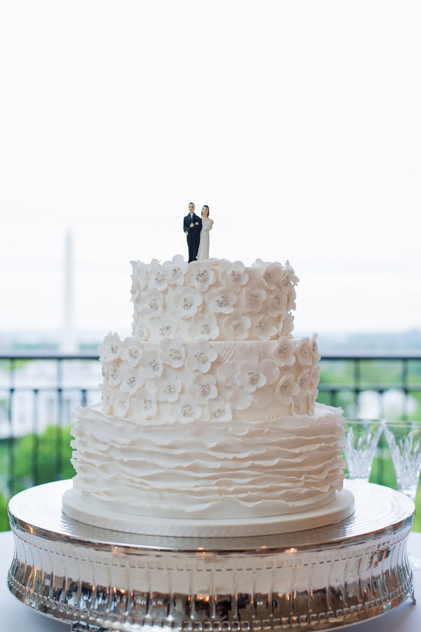 Cakes, Real Weddings, Wedding Style, white, Modern Wedding Cakes, Round Wedding Cakes, Wedding Cakes, Modern Real Weddings, Spring Weddings, Spring Real Weddings, Modern Weddings, Ruffles, Sugar flowers, East Coast Real Weddings, East Coast Weddings, Contemporary Wedding Cakes