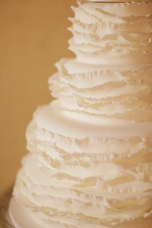 Cakes, Real Weddings, Wedding Style, ivory, Modern Wedding Cakes, Round Wedding Cakes, Wedding Cakes, Fall Weddings, Rustic Real Weddings, Southern Real Weddings, Fall Real Weddings, Vintage Real Weddings, Rustic Weddings, Vintage Weddings, Ruffles, Southern weddings