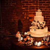 Real Weddings, Wedding Style, Floral Wedding Cakes, Round Wedding Cakes, Wedding Cakes, Southern Real Weddings, Southern weddings