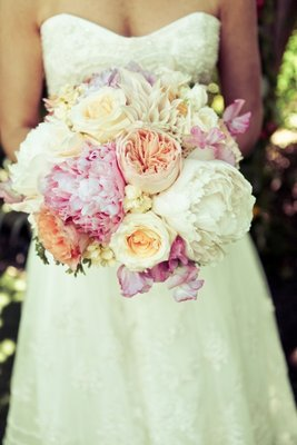 Flowers & Decor, Real Weddings, Wedding Style, Bride Bouquets, Summer Weddings, Summer Real Weddings, Summer Wedding Flowers & Decor, Pastel, West Coast Weddings