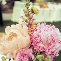 Flowers & Decor, Real Weddings, Wedding Style, pink, Centerpieces, Summer Weddings, Summer Real Weddings, Summer Wedding Flowers & Decor, West Coast Weddings