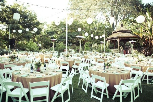 Lanterns Elegant Round Tables And Simple White Chairs Set