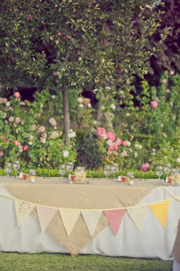 West Coast Real Weddings, Bunting, head tables