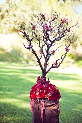 Flowers & Decor, Real Weddings, Wedding Style, pink, red, Centerpieces, Fall Weddings, West Coast Real Weddings, Classic Real Weddings, Fall Real Weddings, Classic Weddings, Rustic Wedding Flowers & Decor