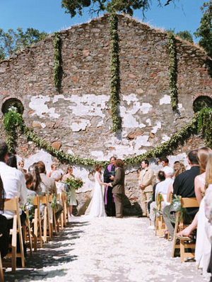 Flowers & Decor, Real Weddings, Wedding Style, green, Ceremony Flowers, Aisle Decor, Rustic Real Weddings, West Coast Real Weddings, Eco-Friendly Real Weddings, Summer Real Weddings, Vineyard Real Weddings, Eco-Friendly Weddings, Rustic Weddings, Vineyard Weddings, Eco-Friendly Wedding Flowers & Decor