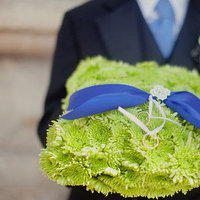 Flowers & Decor, Real Weddings, Wedding Style, blue, green, Ceremony Flowers, Spring Weddings, City Real Weddings, Classic Real Weddings, Midwest Real Weddings, Spring Real Weddings, City Weddings, Classic Weddings, Spring Wedding Flowers & Decor