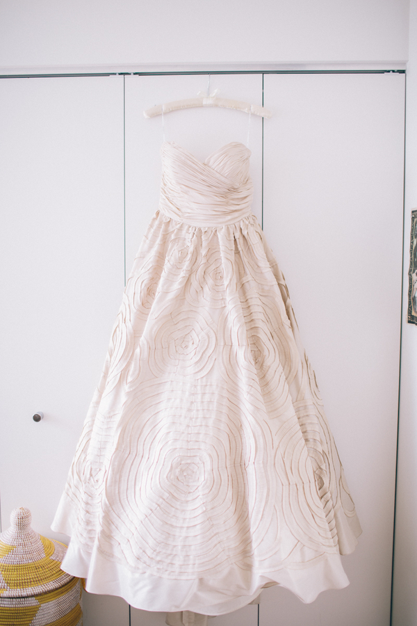 Sweetheart Wedding Dresses, Fashion, Real Weddings, Wedding Style, Fall Weddings, Modern Real Weddings, Fall Real Weddings, Midwest Real Weddings, Modern Weddings, Tan, Hangers, textured wedding dresses