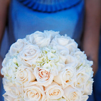 Flowers & Decor, Real Weddings, Wedding Style, white, blue, Bride Bouquets, Summer Weddings, West Coast Real Weddings, Classic Real Weddings, Summer Real Weddings, Classic Weddings, Classic Wedding Flowers & Decor, Summer Wedding Flowers & Decor