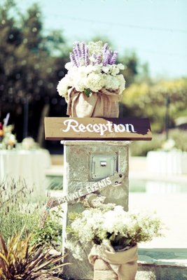 Flowers & Decor, Real Weddings, Wedding Style, Fall Weddings, Rustic Real Weddings, West Coast Real Weddings, Fall Real Weddings, Rustic Weddings, Fall Wedding Flowers & Decor, Rustic Wedding Flowers & Decor, Wedding signs