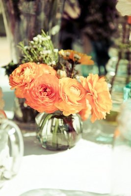Flowers & Decor, Real Weddings, Wedding Style, orange, Centerpieces, Fall Weddings, Rustic Real Weddings, West Coast Real Weddings, Fall Real Weddings, Rustic Weddings, Fall Wedding Flowers & Decor