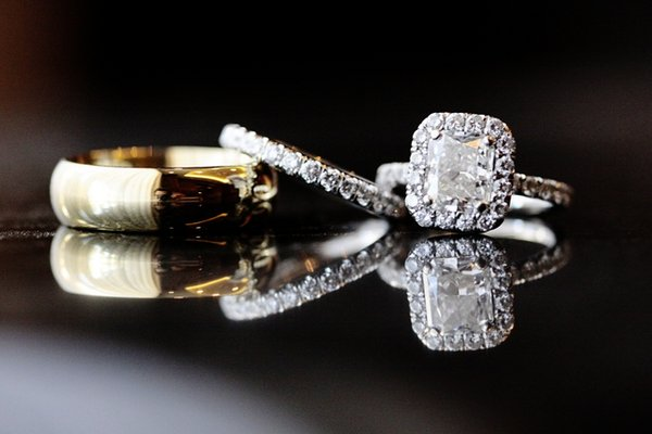 Jewelry, Real Weddings, Wedding Style, Engagement Rings, Wedding Rings, Wedding Day Jewelry, Beach Real Weddings, West Coast Real Weddings, Classic Real Weddings, Beach Weddings, Classic Weddings