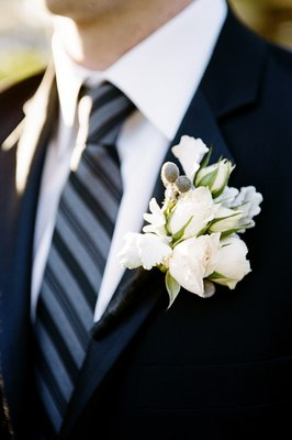 Flowers & Decor, Real Weddings, ivory, Boutonnieres, Beach Real Weddings, West Coast Real Weddings, Classic Real Weddings, Beach Weddings, Classic Weddings, Boutonniere, Boutonnière, Classic Flowers & Decor