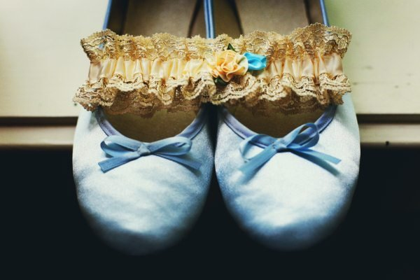 Fashion, Real Weddings, Wedding Style, blue, Accessories, Midwest Real Weddings, Vintage Real Weddings, Vintage Weddings, wedding shoes, Military weddings