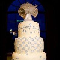 Cakes, Real Weddings, Wedding Style, blue, Wedding Cakes, Midwest Real Weddings, Vintage Real Weddings, Vintage Weddings, Military weddings