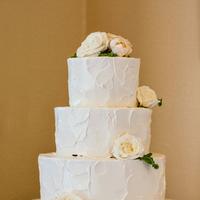 Cakes, Real Weddings, Wedding Style, white, Classic Wedding Cakes, Floral Wedding Cakes, Wedding Cakes, Summer Weddings, West Coast Real Weddings, Garden Real Weddings, Summer Real Weddings, Garden Weddings