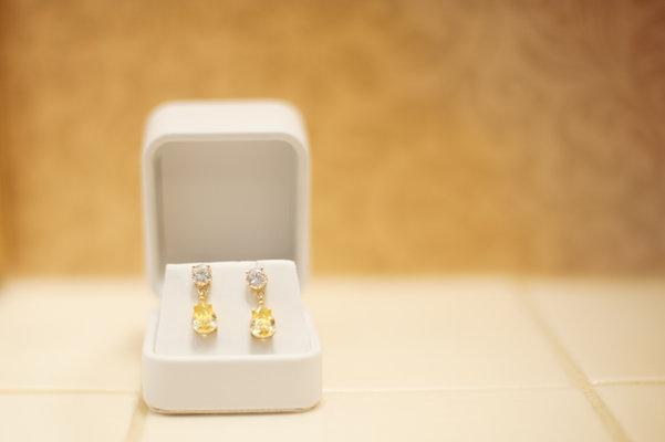 Jewelry, Real Weddings, Wedding Style, yellow, Earrings, Wedding Day Jewelry, Southern Real Weddings, Summer Weddings, Summer Real Weddings, Diamond, Southern weddings