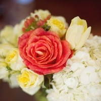 Flowers & Decor, Real Weddings, Wedding Style, yellow, Centerpieces, Southern Real Weddings, Summer Weddings, Summer Real Weddings, Summer Wedding Flowers & Decor, Roses, Hydrangea, Southern weddings