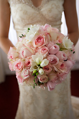 Flowers & Decor, Real Weddings, Wedding Style, pink, Bride Bouquets, Spring Weddings, West Coast Real Weddings, Shabby Chic Real Weddings, Spring Real Weddings, Shabby Chic Weddings, Spring Wedding Flowers & Decor