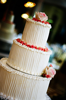 Cakes, Real Weddings, Wedding Style, Modern Wedding Cakes, Wedding Cakes, Spring Weddings, West Coast Real Weddings, Shabby Chic Real Weddings, Spring Real Weddings, Shabby Chic Weddings