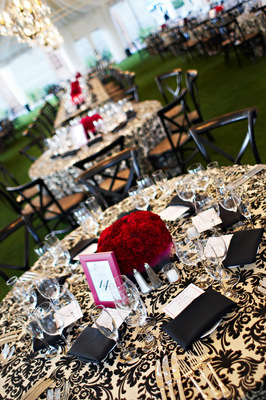 Flowers & Decor, Real Weddings, Wedding Style, Tables & Seating, West Coast Real Weddings, Glam Real Weddings, Glam Weddings, Glam Wedding Flowers & Decor