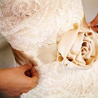 Fashion, Real Weddings, Wedding Style, Accessories, Fall Weddings, Modern Real Weddings, City Real Weddings, Fall Real Weddings, City Weddings, Modern Weddings