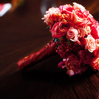Flowers & Decor, Real Weddings, Wedding Style, red, Bride Bouquets, Fall Weddings, Modern Real Weddings, City Real Weddings, Fall Real Weddings, City Weddings, Modern Weddings