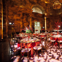 Flowers & Decor, Real Weddings, Wedding Style, red, Tables & Seating, Fall Weddings, Modern Real Weddings, City Real Weddings, Fall Real Weddings, City Weddings, Modern Weddings, Modern Wedding Flowers & Decor