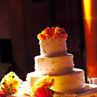Cakes, Real Weddings, Wedding Style, Modern Wedding Cakes, Wedding Cakes, Fall Weddings, Modern Real Weddings, City Real Weddings, Fall Real Weddings, City Weddings, Modern Weddings