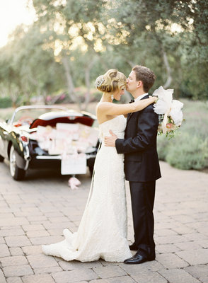 Real Weddings, Wedding Style, white, black, West Coast Real Weddings, Classic Real Weddings, Classic Weddings