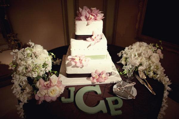 Cakes, Real Weddings, Wedding Style, Garden Wedding Cakes, Square Wedding Cakes, Wedding Cakes, Spring Weddings, West Coast Real Weddings, Garden Real Weddings, Spring Real Weddings, Garden Weddings